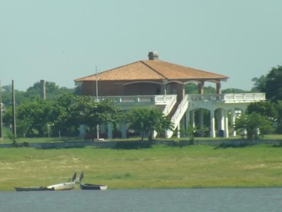 Paraguay : Perto do porto.