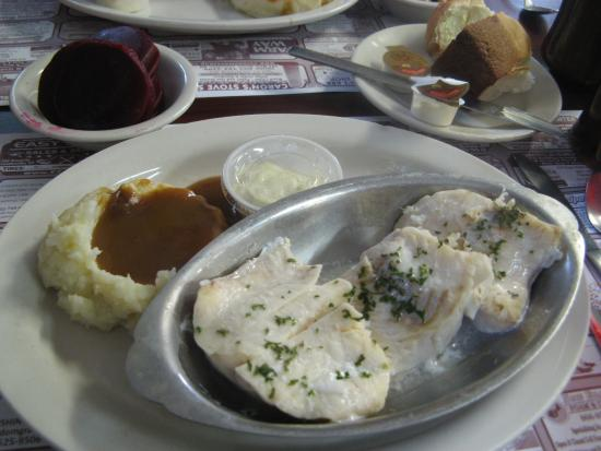 Concord, VT: Broiled haddock, mashed with gravy, rolls and beets