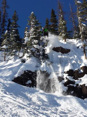 Pagosa Springs, CO: Excellent snow and terrain at Wolf Creek. Not a resort, but a unique and beautiful mountain.