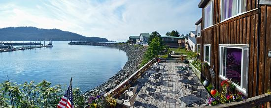 Seldovia, AK: Enjoy our spacious deck overlooking the boat harbor as sea otters playfully splash around