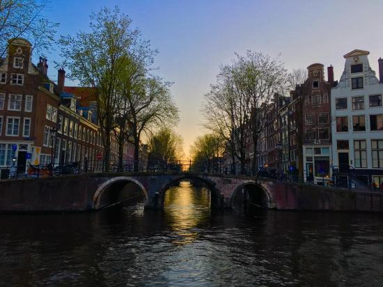 Le canal picture of herengracht amsterdam tripadvisor for Herengracht amsterdam