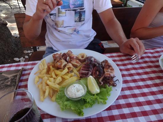 Slatine, Croacia: Lanterna
