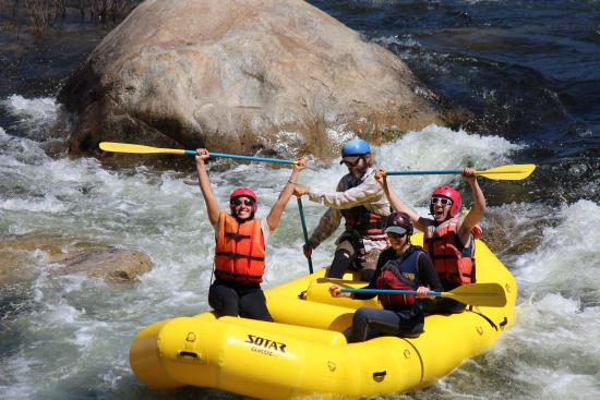 Three Rivers, Kalifornien: Whitewater Rafting on the Kaweah