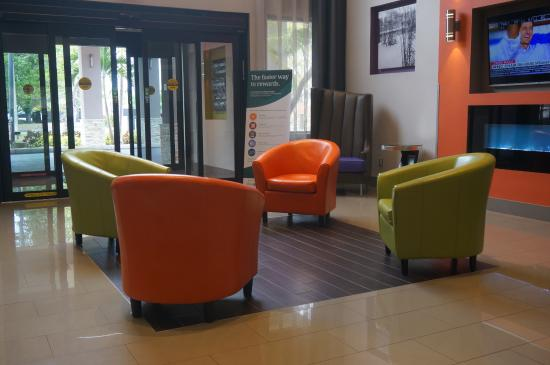 stylish lobby in bright colors picture of quality suites fort rh tripadvisor com