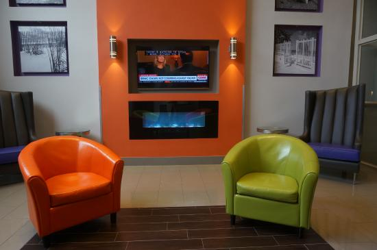 fireplace and big screen tv picture of quality suites fort myers rh tripadvisor com