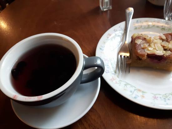 artisan roast: Kuromame tea and cake.