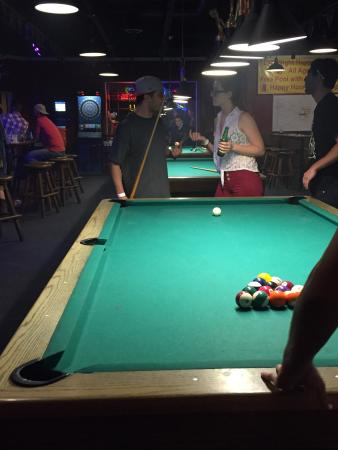 Bigshots Billiards Bar & Grill