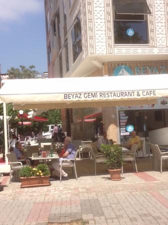 Beyas Gemi Cafe & Restaurant