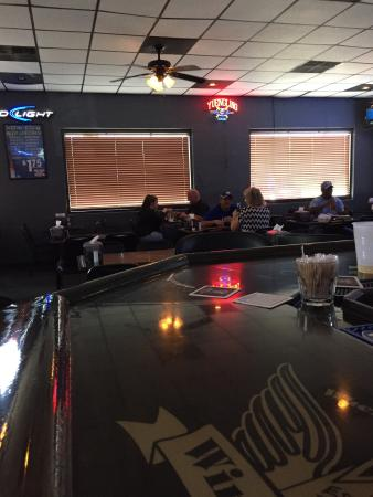 Lancaster, Южная Каролина: Wing King Cafe