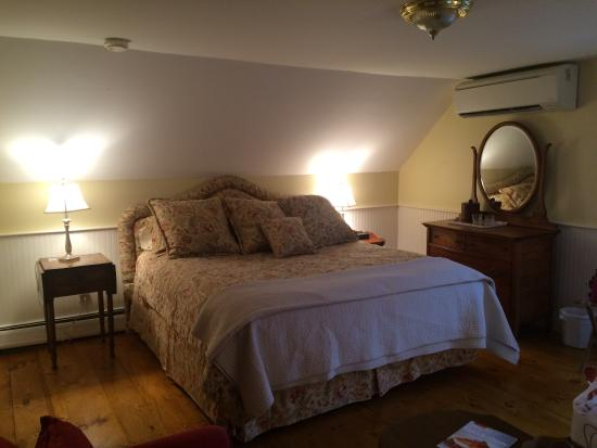 Ashley Inn Bed and Breakfast: photo4.jpg