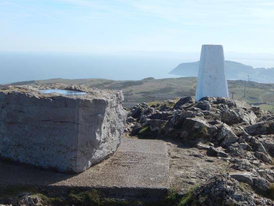 Great Orme: standing at the top the dial is a positional maptype