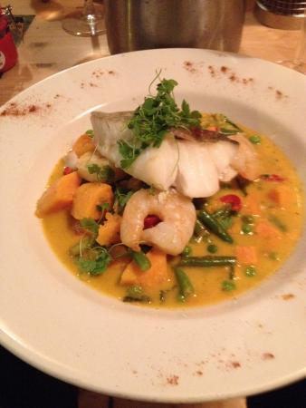 Aberdyfi (Aberdovey), UK: Cod and prawns with vegetables in a Thai sauce- yummy