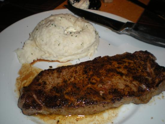 LongHorn Steakhouse Photo