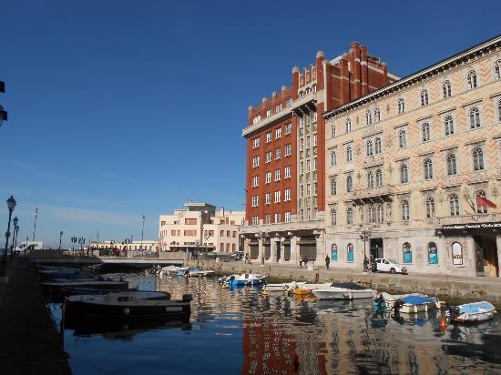 Grattacielo Rosso di Trieste