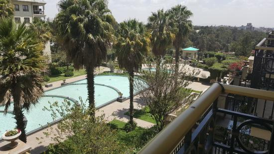 Sheraton Addis, a Luxury Collection Hotel: Beautiful Pool and patios