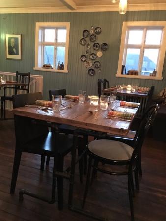 Middag för fyra - Picture of Tryggvaskali Restaurant, Selfoss ...