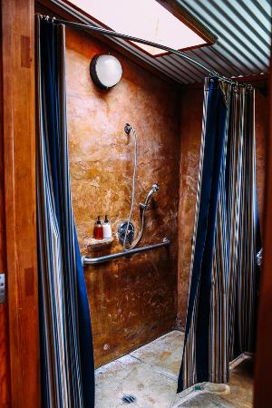 Boonville Hotel: The Studio Bathroom