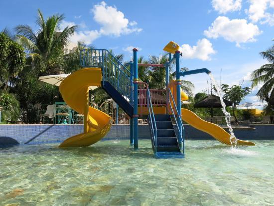 Parque aquatico piscina infantil foto de thermas park for Piscina elvas