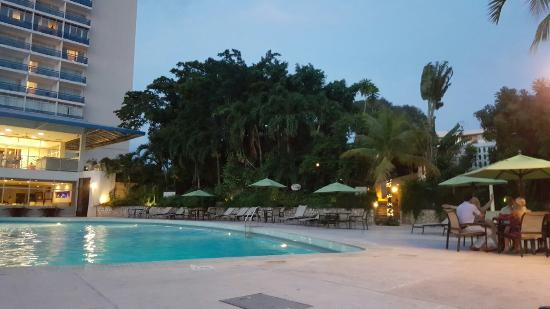 pool area picture of the jamaica pegasus hotel kingston tripadvisor rh tripadvisor com