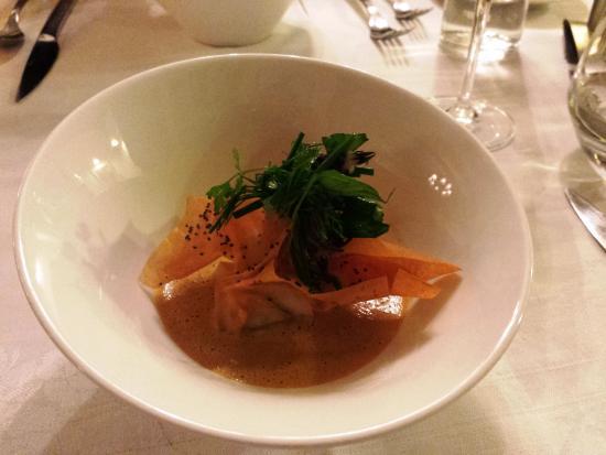 Le Jardin des Frênes : Haumonière homard, épinard, bisque homard