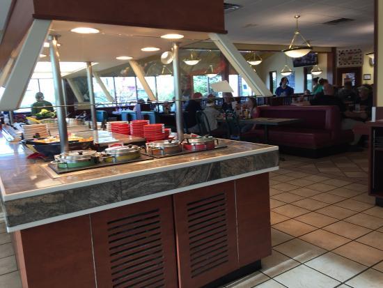 Cedar Springs, MI: Salad bar