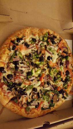 Delmar, MD: Pizza vegetarian  style. Bon Appétit