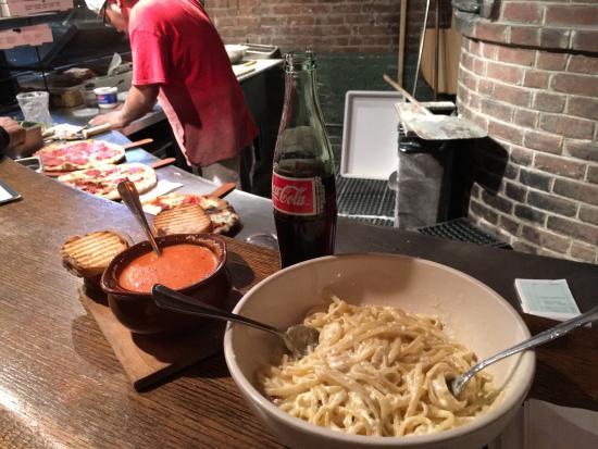 L'asso : Linguini Carbonara & Pomodoro Soup