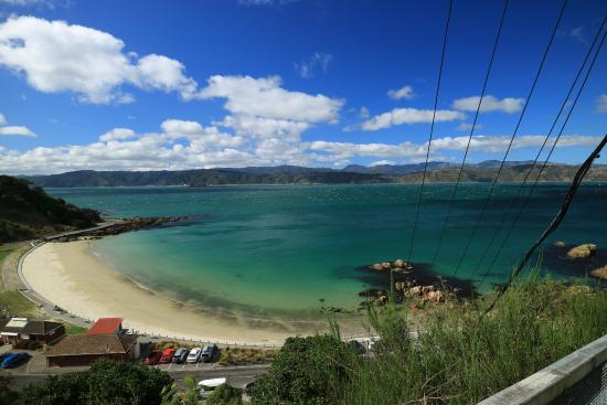 Scorching Bay : walk up the staircase behind Scorch-O-Rama, you can enjoy this view