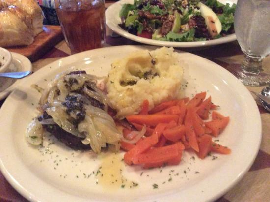 Elizabeth, Pensilvania: Great Food and Local Personality
