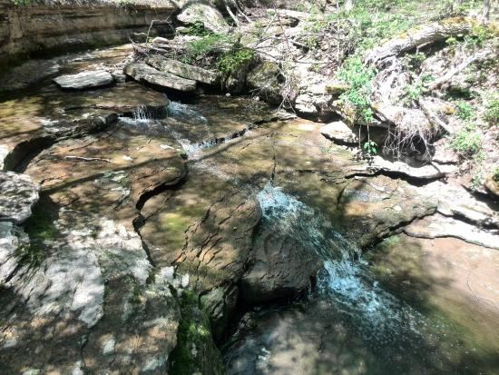 Clifty Falls State Park: Creek leading to Small Clifty falls