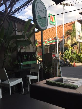 MiX Espresso Bar : Sitting areas