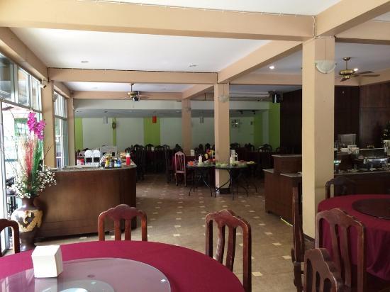 Diamond Park Inn Chiangrai Resort: Restaurant