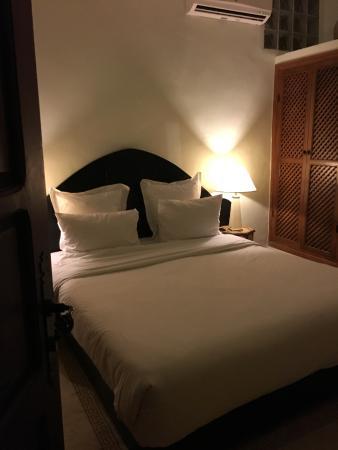 里亞德艾爾巴迪亞飯店照片