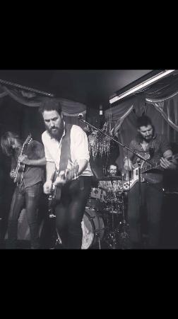 Tumut, Avustralya: Live Music William Creighton