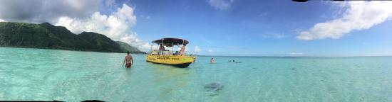 Teahupoo, Французская Полинезия: En medio del banco de arena