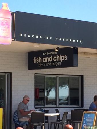Bradlee's Beachside Takeway