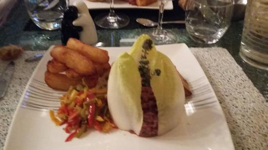 Montblanc, Франция: Superbe tartare de boeuf