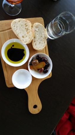 Blacklea Vineyard & Olive Grove : Pre lunch