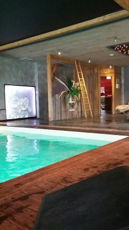 Hotel Brunel Le Rocher Blanc: 20160423_184656_large.jpg
