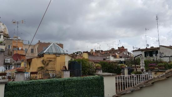 Smeraldo Hotel: View from roof top terrace
