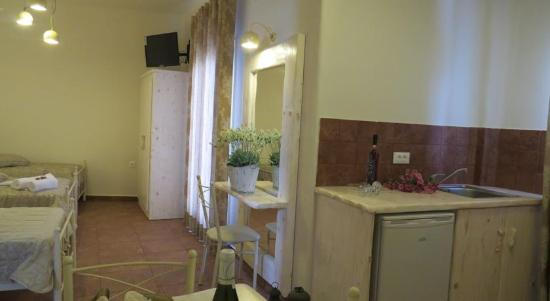 Karterádhos, Grecja: Room