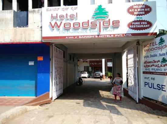 Woodside Hotel Photo