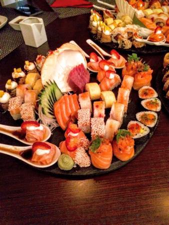Indicado para quem goste de sushi de fusão/freestyle