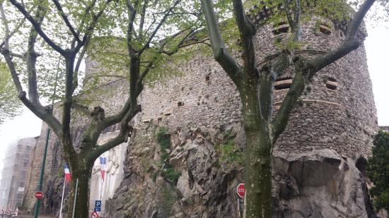 Tournon-sur-Rhone, فرنسا: Château de Tournon