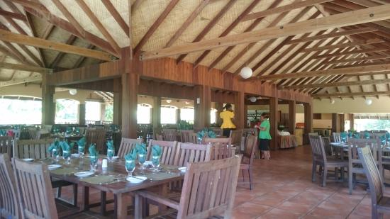 Belmont, Grenada: Restaurant and staff