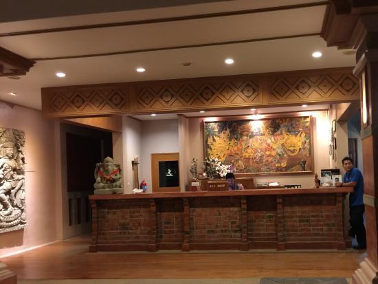 Phuket Kata Resort: Reception med trevlig personal.