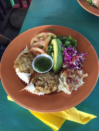 Cul de Sac, St. Maarten: Stachey's Hut Restaurant and Bar