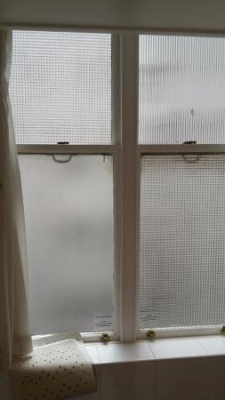 bathroom window single glass picture of strand palace hotel rh tripadvisor co uk