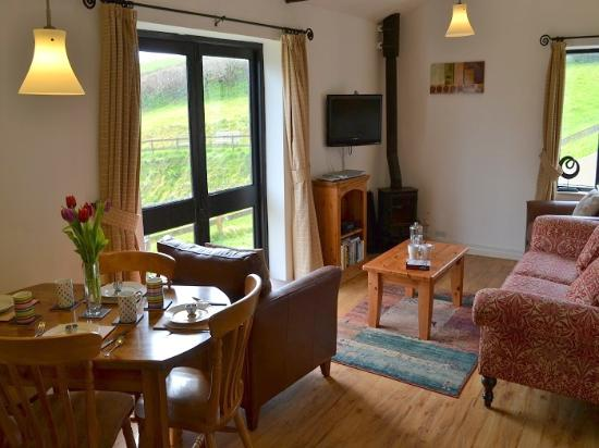 wren cottage living space with cosy oil fired burner picture of rh tripadvisor com