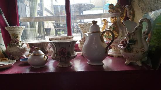 A Taste of Honey: verzameling servies